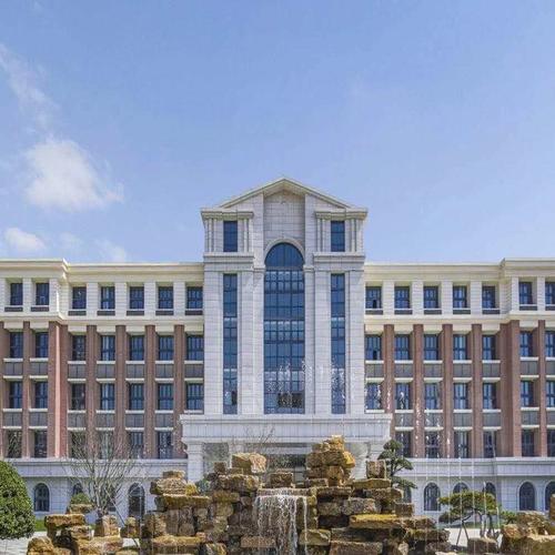 宝楠国际学校VR导览 ——360°高清全景,带您在线游宝楠