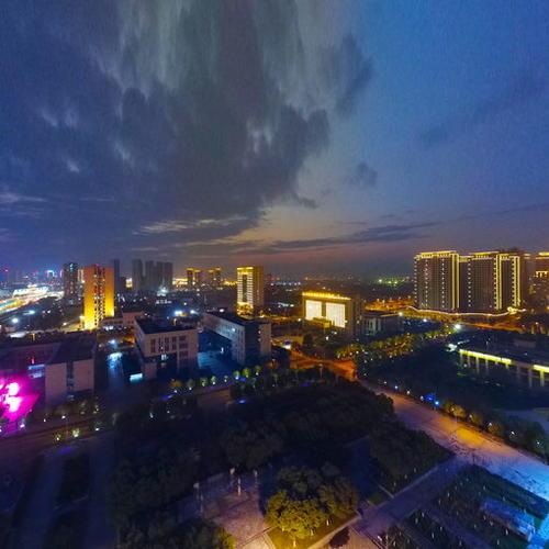 瓯海新区灿烂夜景