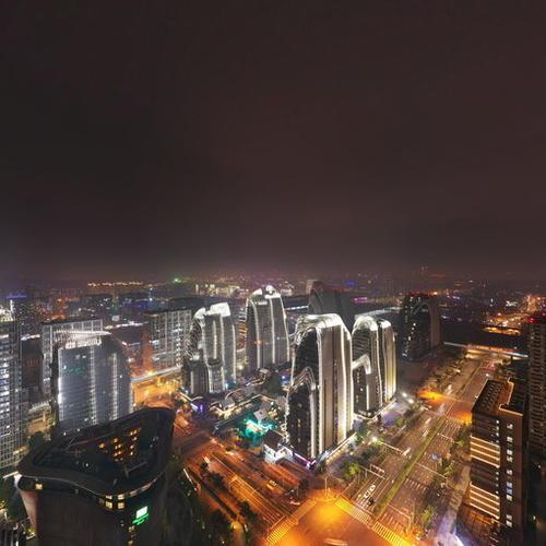 南京证大大拇指广场夜景