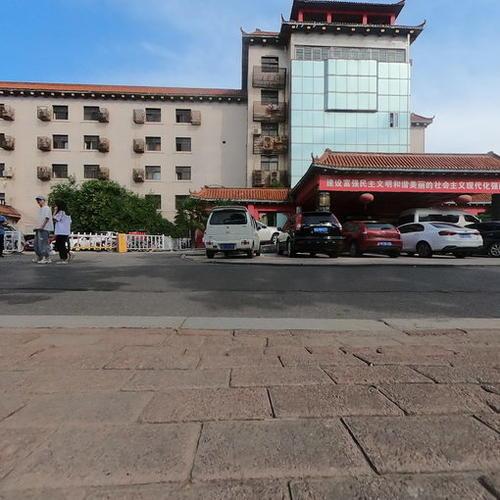 邯郸车务段办公楼前广场全景图